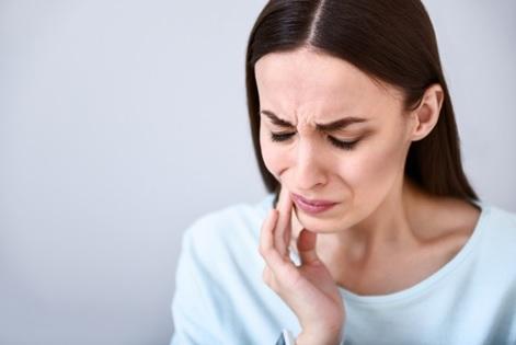 ¿Puede la ansiedad causar tensión mandibular?