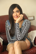 Adah sharma latest photos-thumbnail-3