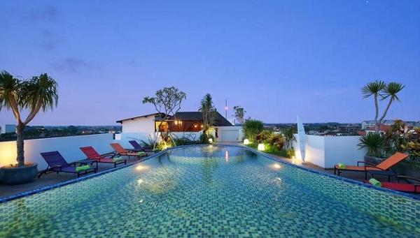 Hotel dan Villa di Bali untuk Honeymoon MaxOneHotels at Seminyak