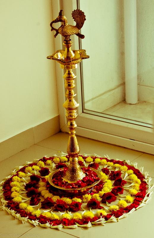 Traditional indian housewarming gift - Return gifts for housewarming function ...