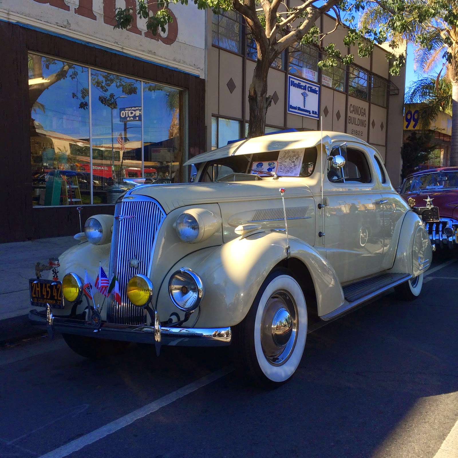 Covering Classic Cars : Supercar Sunday & Dia De Los