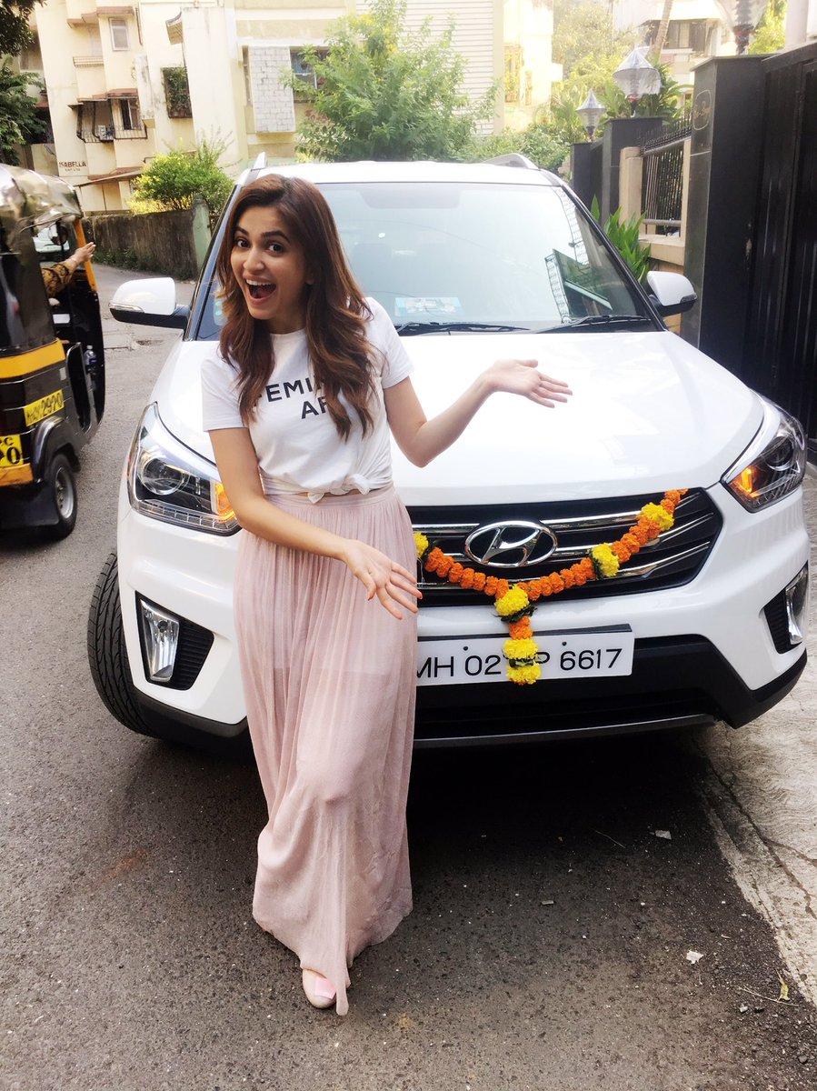 Actress KritiKarbandha Latest HD Images