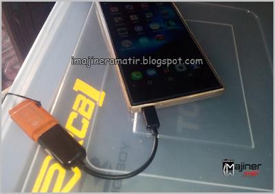 Sudah familiar kan dengan teknologi ini USB OTG, Membuka Flashdisk dengan HP Android