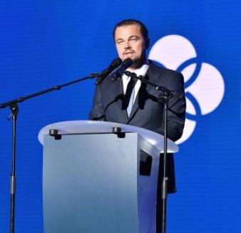 """Leonardo-DiCaprio-Beyonce-Celebrities-Donate-Harvey-Relief-Efforts"""