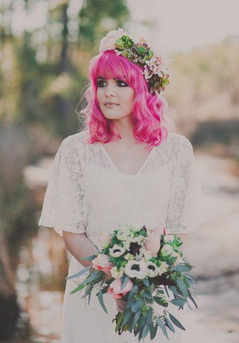 El cabello rosa intenso te hará brillar