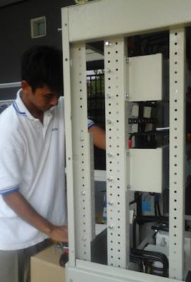 melayani jasa service panel otomatis genset