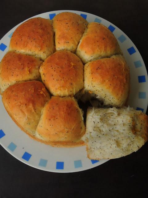 Eggless Poppyseeds, Orange Bread Rolls