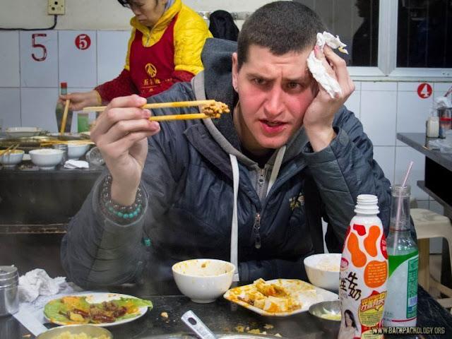 Hati-hati! Terlalu Banyak Makanan dan Minuman ini, Bisa Bikin Kamu Halusinasi