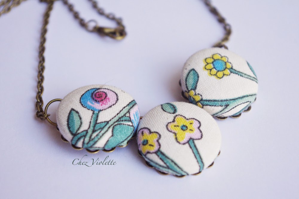 collier en tissu vintage - Vintage fabric necklace floral