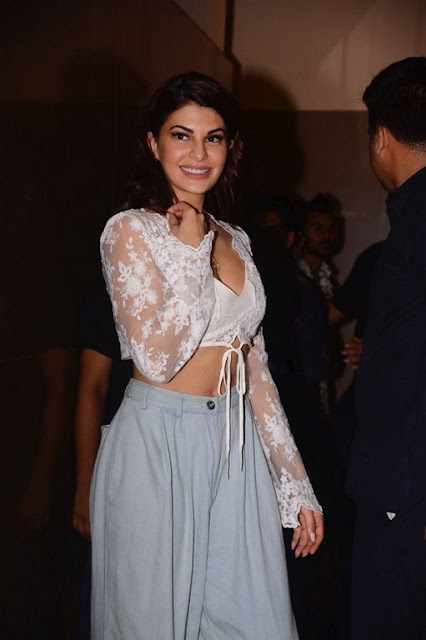 Bollywood actress hot cleavage pics Jacqueline Fernandez