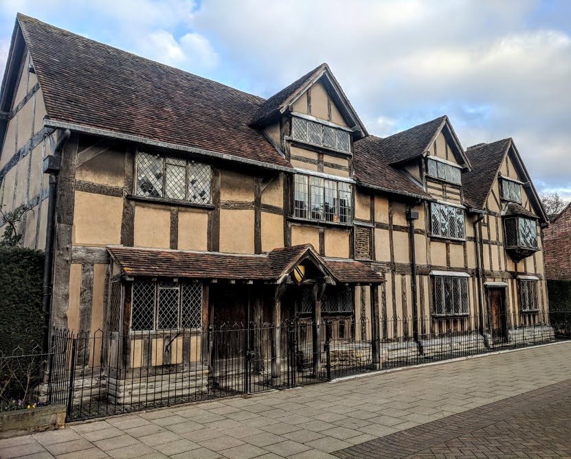 A Quick Guide to Visiting Stratford-Upon-Avon with Kids (on a budget)  - Shakespeare's birthplace
