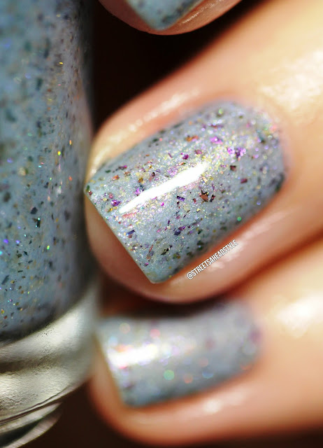 Girly Bits Winter Whispers Fantasmic Flakies