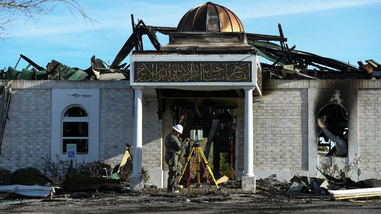 Masjid Victoria Kembali Dibuka Setelah Dibakar pada Januari 2017