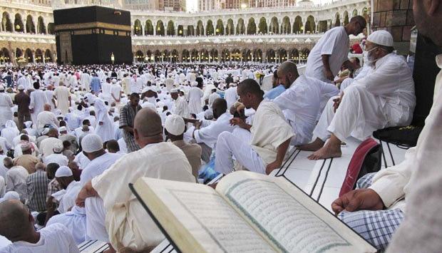 itikaf-umroh-full-ramadhan-2018