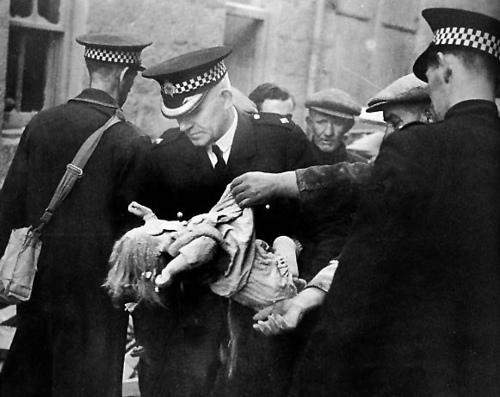15 March 1941 worldwartwo.filminspector.com Clydebank Blitz