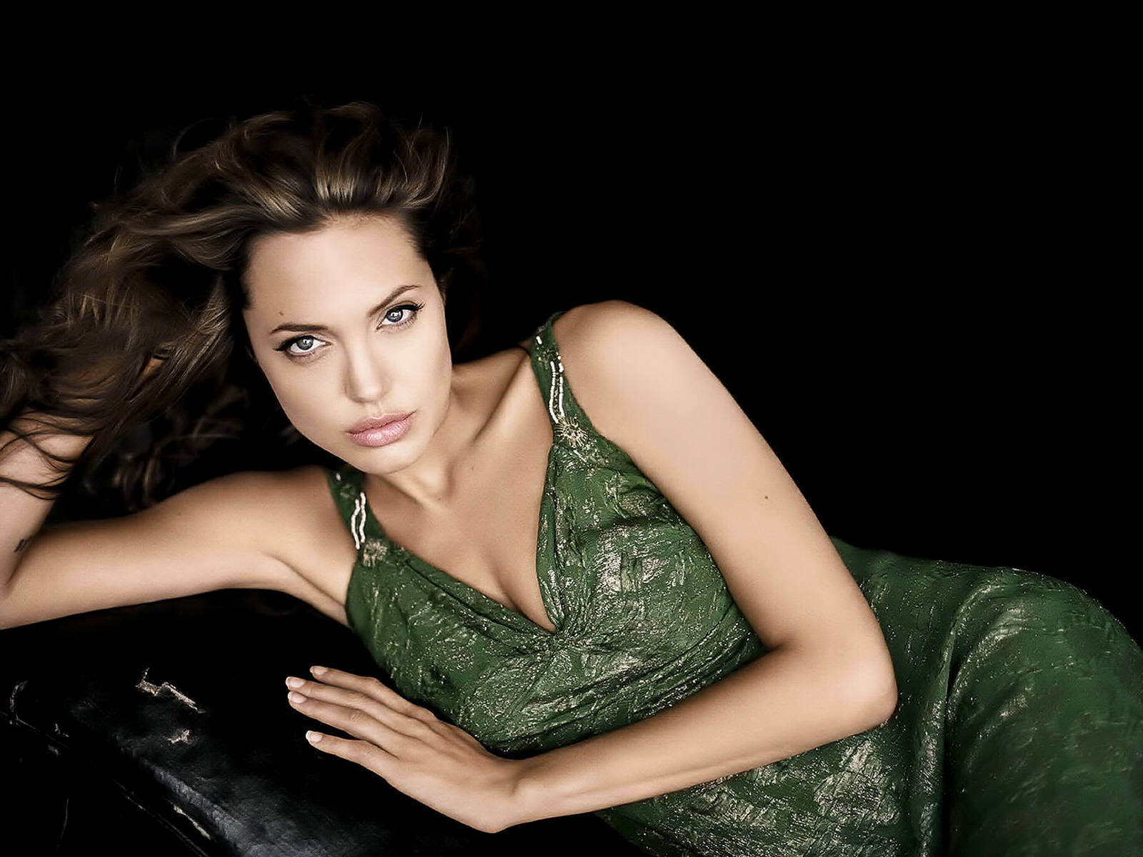 Angelina Jolie: Angelina Jolie Lovely Hd Hot Wallpapers 2013