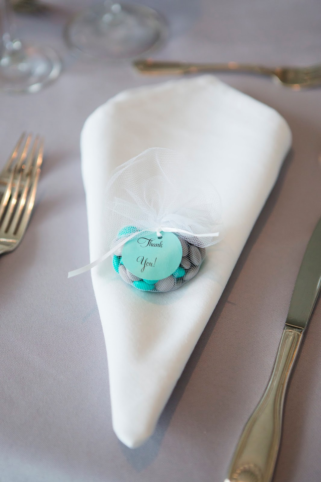 Wedding Wednesdsay- Favors with DIY Thank You tags | The Inspired Hive