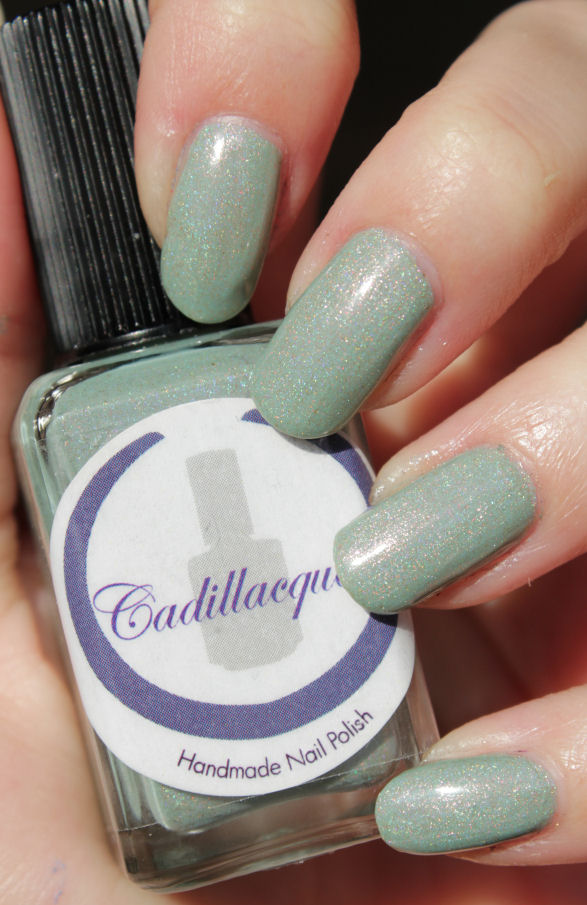 http://lacquediction.blogspot.de/2015/02/cadillacquer-breathe-me-dupetest.html