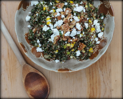 Quinoa Pilaf with Kale & Corn, another easy vegetarian supper ♥ ♥ AVeggieVenture.com. Just One Pot. Very WW Weight Watchers Friendly. Naturally Gluten Free.