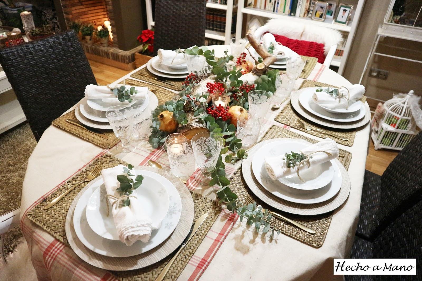 Hecho a mano propuesta de mesa navide a for Cuales son los adornos navidenos