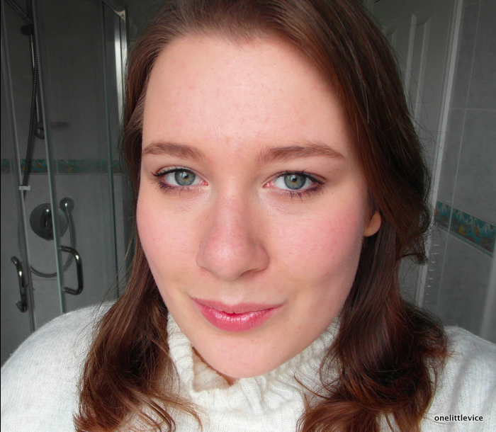 One Little Vice Beauty Blog: Yves Rocher Lipstick and Mascara Review