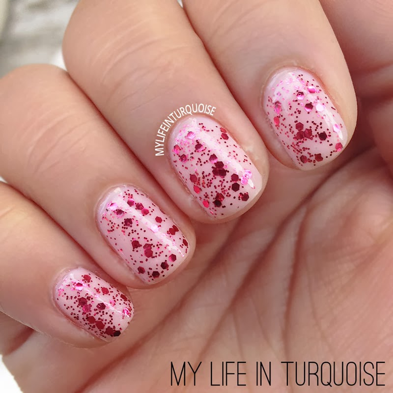 Simple-Valentines-Day-Manicure