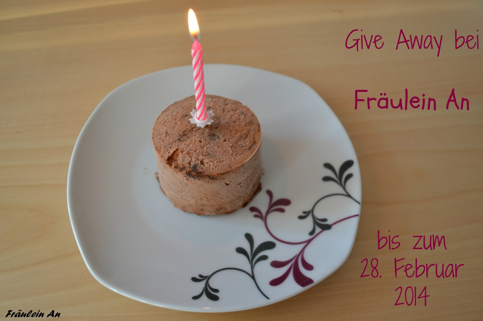 http://fraeuleinan.blogspot.de/2014/01/happy-birthday-fraulein-an.html