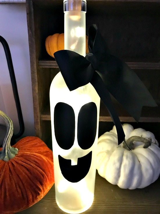 Bottle Ghost Light with 2 pumpkins