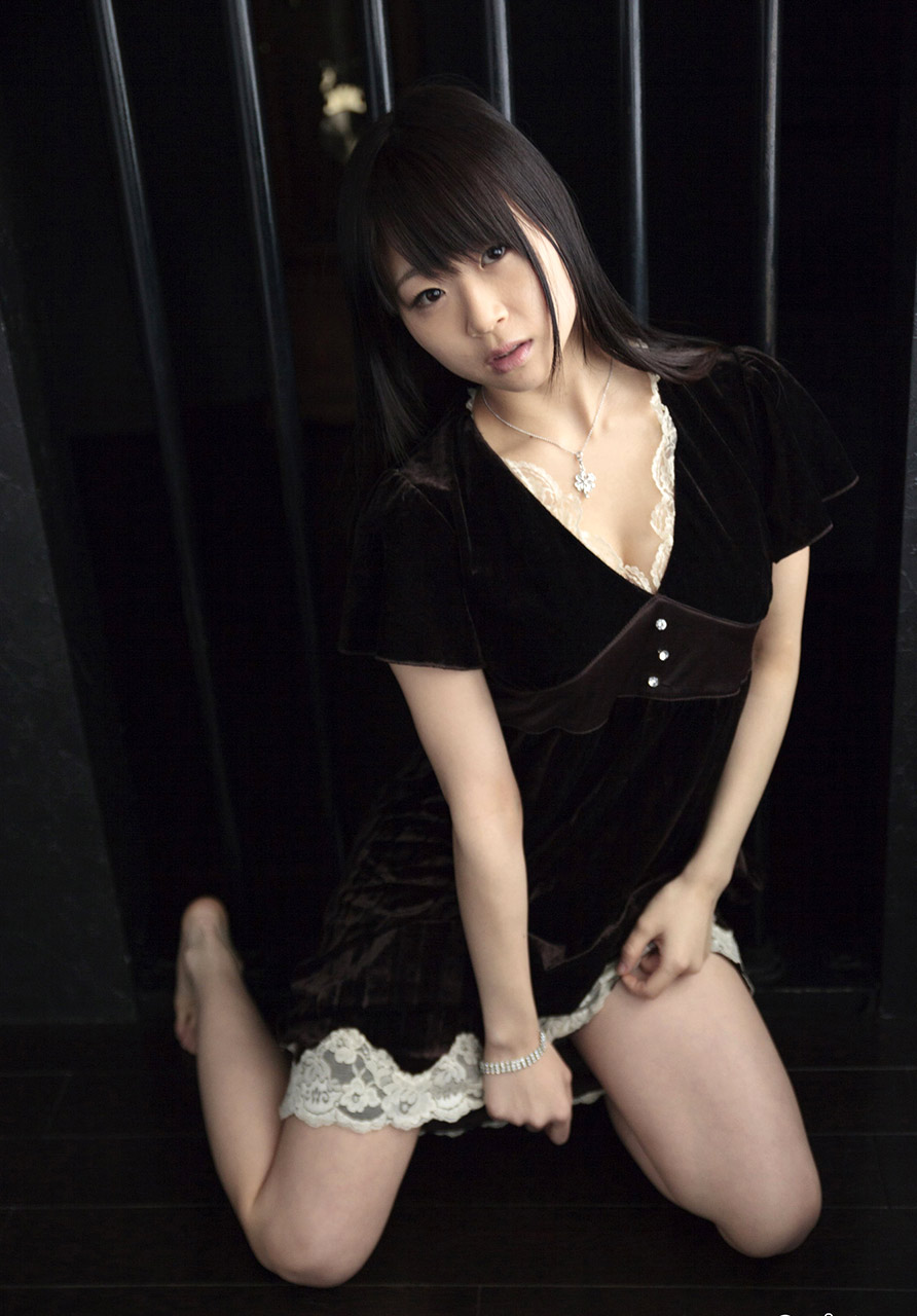 momoko mizuki sexy bikini pics 05