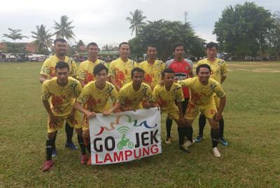 Gojek FC Menangi Pertandingan Perdana di Turnamen Sepakbola Dandenpom II/3 Lampung Cup PSPM