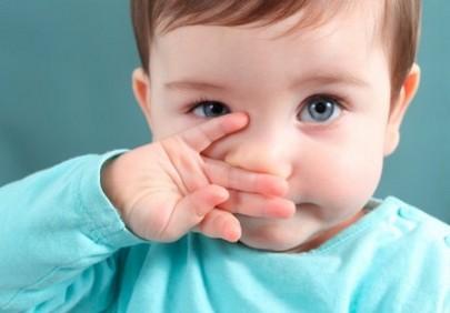 Bebeklerde Grip Nasil Geçer