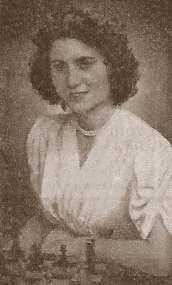 La ajedrecista Simone Bussers