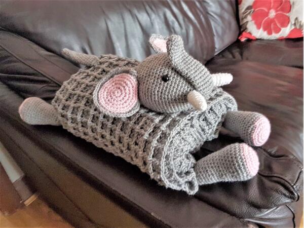 3in1 Safari Elephant Folding Baby Blanket Crochet Pattern