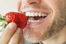تبييض الأسنان طبيعيا: 6 طرق لتبييض الأسنان بشكل طبيعي