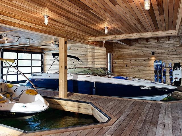 ห้องเก็บเรือสำหรับบ้านติดริมน้ำ ทะเลสาบ