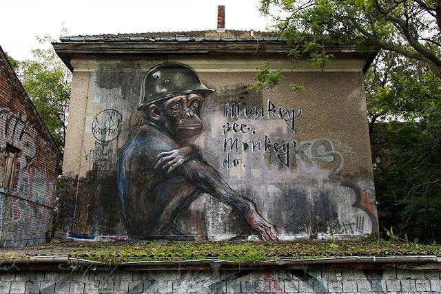 """German Street Art Duo Herakut Newest Mural """"Monkey See, Monkey Do."""" In Berlin. 2"""