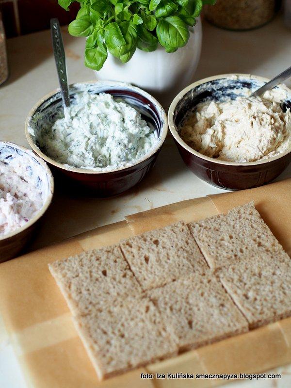 torcik wytrawny, warstwy, tort warstwowy, tort chlebowo serowy, tort z chleba z twarozku