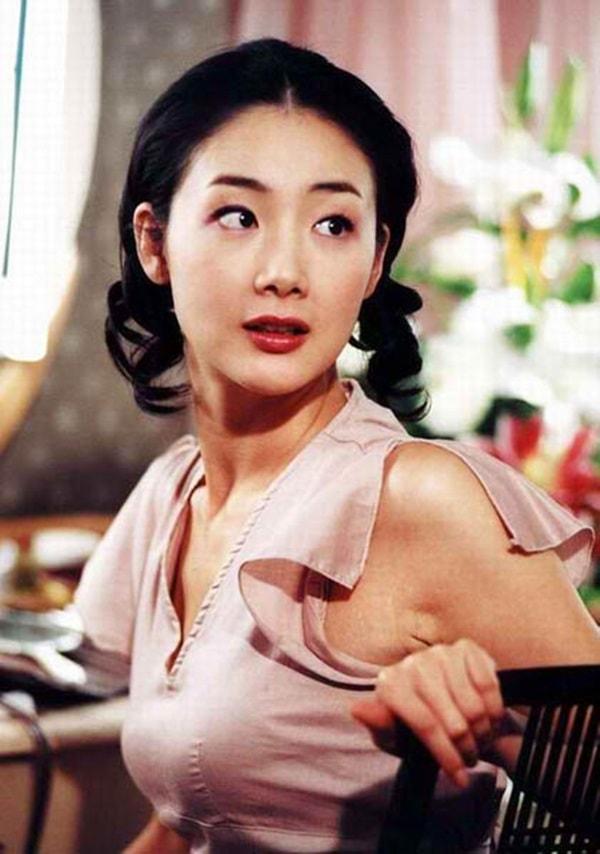 'Nữ hoàng nước mắt' Choi Ji Woo: mơ về một hạnh phúc nhỏ bé, giản dị - Ảnh 7