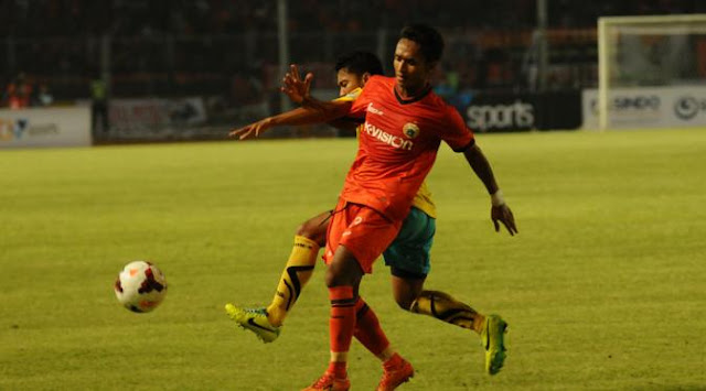 Gresik United vs Persija