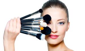 Review Seputar Alat Kosmetik Dan Kecantikan