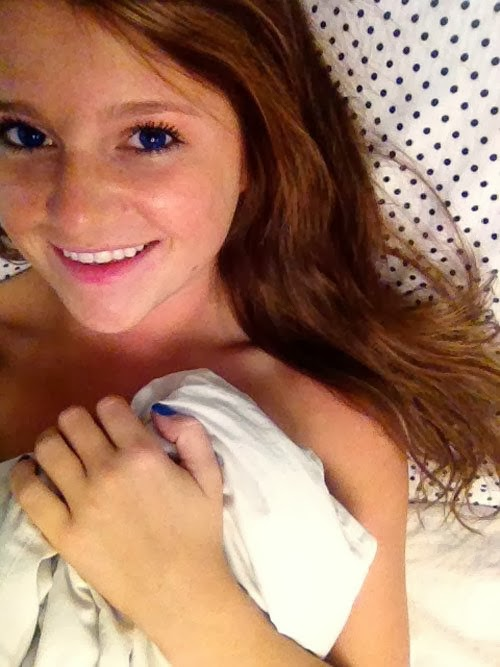latest Beautiful Hot And Cute Girls Laying in Bed Photos
