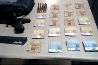 http://vnoticia.com.br/noticia/3470-pm-prende-homem-suspeito-de-participar-de-assalto-a-loterica-em-campos