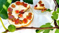 http://natomamochote.blogspot.com/2018/08/greckie-ciasto-z-figami-i-jogurtowym.html