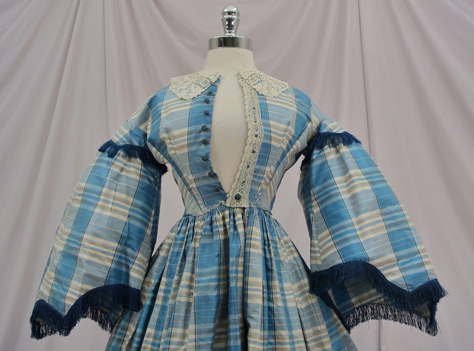 All The Pretty Dresses: Mid 19th Century Victorian Plaid