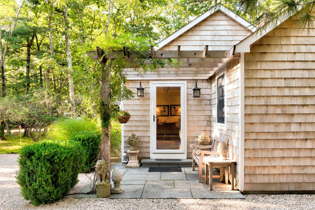 Tiny House Town Sag Harbor Cottage 950 Sq Ft