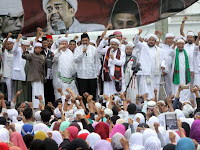 Habib Rizieq: Walau Harus Mati Bersimbah Darah, Kita Harus Berjuang Menegakkan Ayat Suci