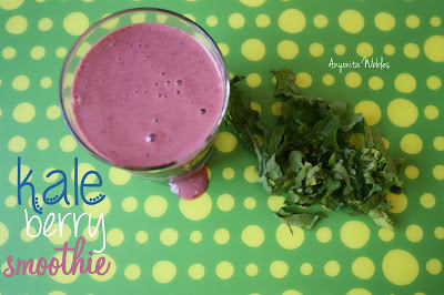 Kale Berry Smoothie from www.anyonita-nibbles.com