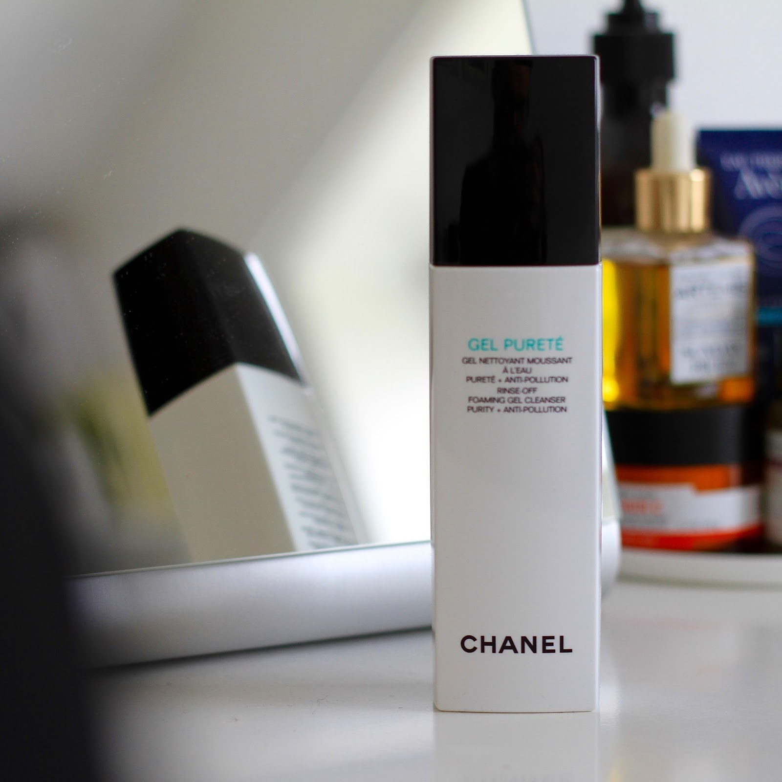 Luxe Cleansing ft. Chanel. - THE G EDIT e8d46425881c