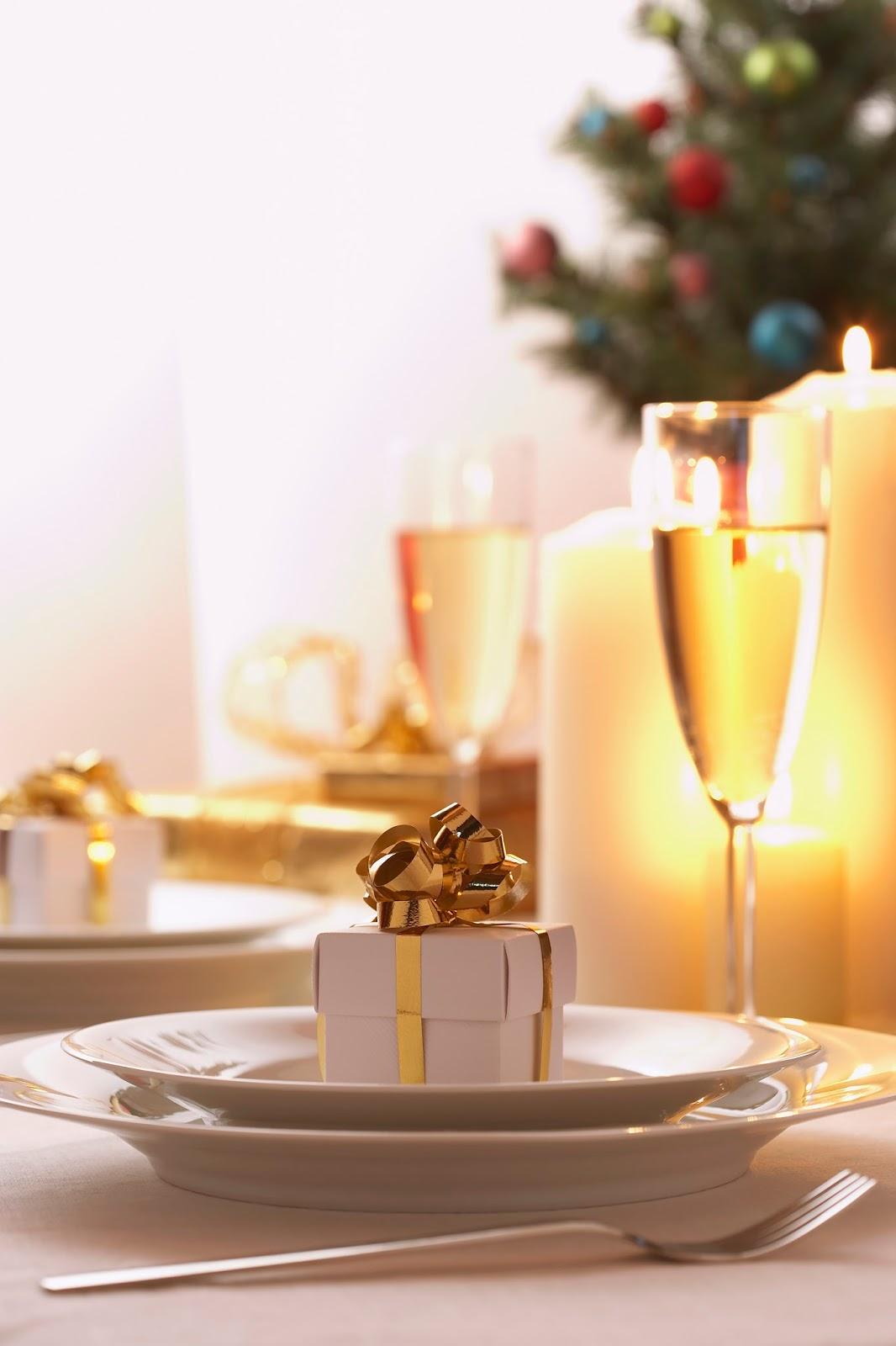 How to Prepare for Hosting Christmas Dinner | AnnMarie John