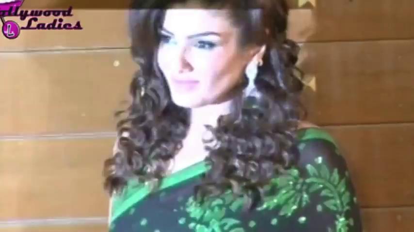 INDIAN ACTRESS: Raveena Tandon Full Backless Green Saree